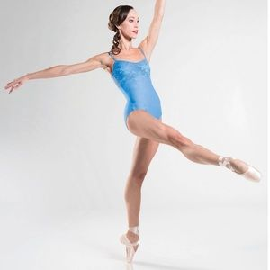 Beautiful leotard with lace in French blue